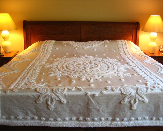 SALE PRICE REDUCED  Ivory Vintage Chenille and Satin Bedspread Everwear Madame Pompadour