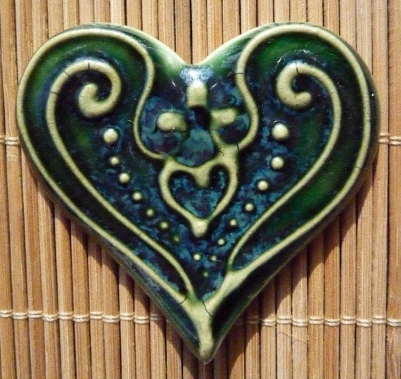 Emerald green  Heart Jewelry White  Slip-trailed Heart Pin Brooch by sugargrovepottery on etsy