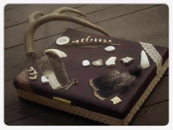 YOWA. Spirit Totem Box. Vintage Jewelry, Wiccan, Shamanic, Sacred, Altar Shrine box Feathers, Antler, buffalo, turtle, armadilla bobcat bone