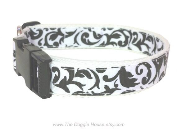 Dog Collar - Damask 17 adjustable to 26