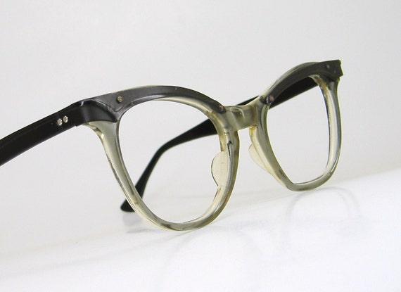 Vintage1960s Olive Grey With Black Accents Horn Rim Cateye Eyeglasses Eyewear Frame