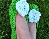 Hand knitted green shoes with white flower / socks / ballerinas / slippers