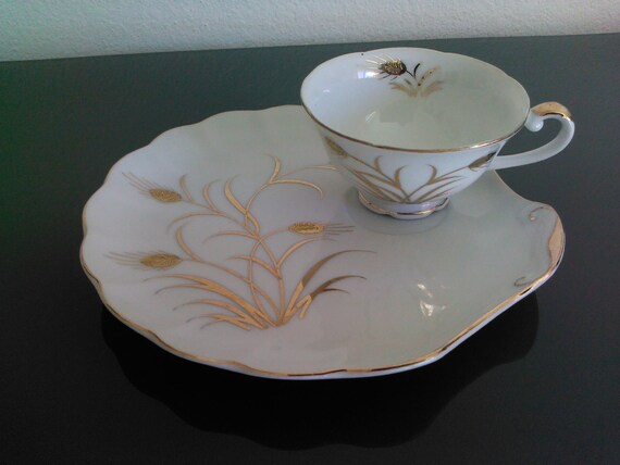 Vintage 1960s Lefton China Golden Wheat Snack Plate and Cup