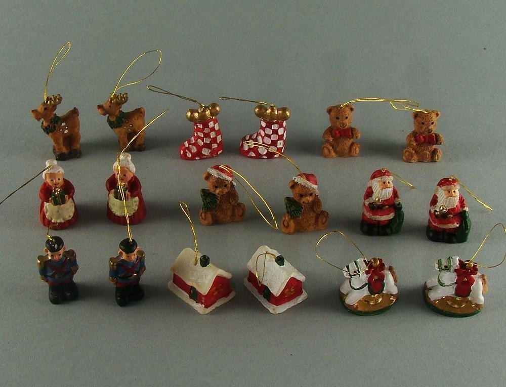 18 resin mini christmas tree ornaments destash for Small christmas decorations