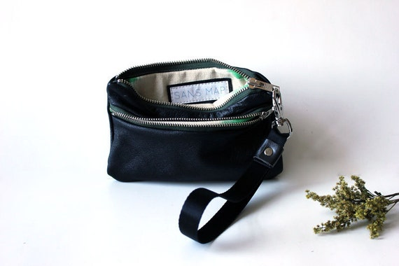 leather wristlet eco-friendly zip in black leather wallet // la trousse