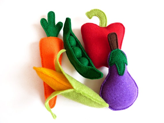 Felt Vegetable Play Set / Toy Play Food (Set 5) Aubergine/Eggplant, Carrot, Corn on the Cob, Peas in Pod, Pepper - Christmas Gift for Kids