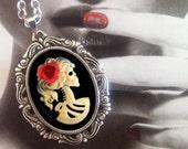 Skeleton Zombie Necklace - Gothic Ivory Lolita Lady Cameo