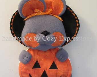 Halloween decoration | Witch door hanger | Halloween wall decor | Mouse door hanger | Halloween witch decorations | Mouse door hanger |