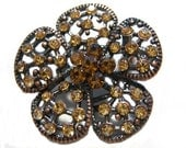 Petals brooch witch smoked topaz rhinestones