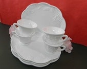 4 Milk Glass Snack Sets. 4 Plates and 4 Cups. Grape Harvest Pattern. Vintage. 1201