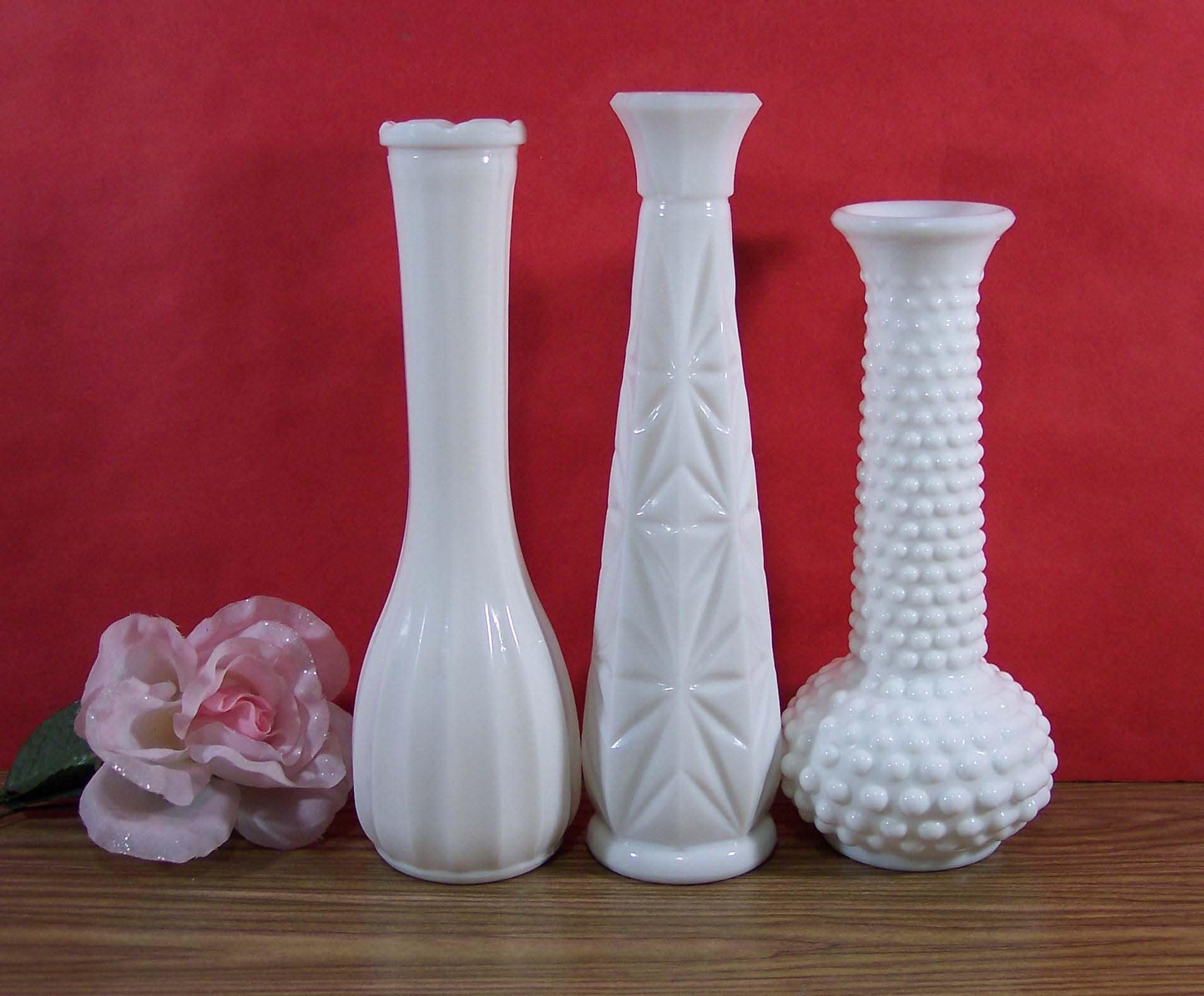 three milk glass bud vases one e o brody one c l g co one. Black Bedroom Furniture Sets. Home Design Ideas