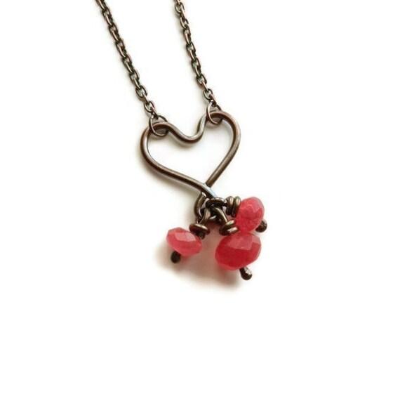 Valentine necklace. Black Heart Necklace,  Pink Stones Necklace, Sterling Silver and Quartz necklace.