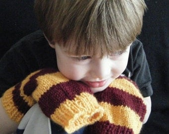 Fingerless Mitts, iPod Mitts - Striped - burgundy and gold - Gryffindor