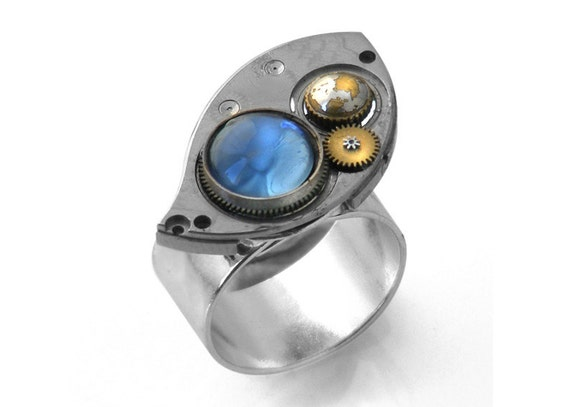 Steampunk Ring, Antique Pocket Watch Eye Plate & Montana Blue Cabochon