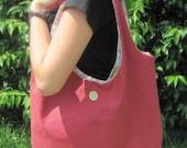 Crimson Venti Bag with Magnetic Closure