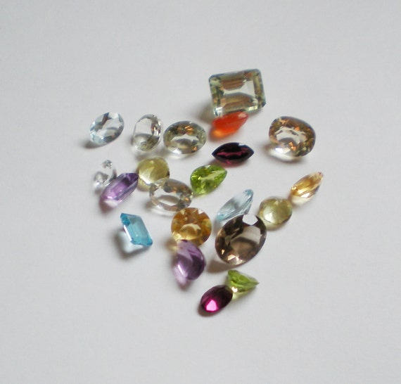 25 cts Mixed Faceted Genuine Gemstone Parcel LOOK--14