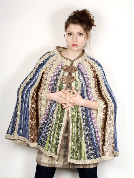 Hand knitted poncho I Designer knitwear