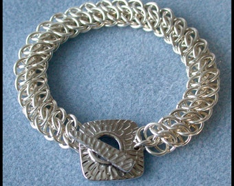 GSG Bracelet Chain maille Kit with Tutorial 16 gauge Non Tarnish Silver Plate, with Fancy Toggle Clasp and Connector Rings