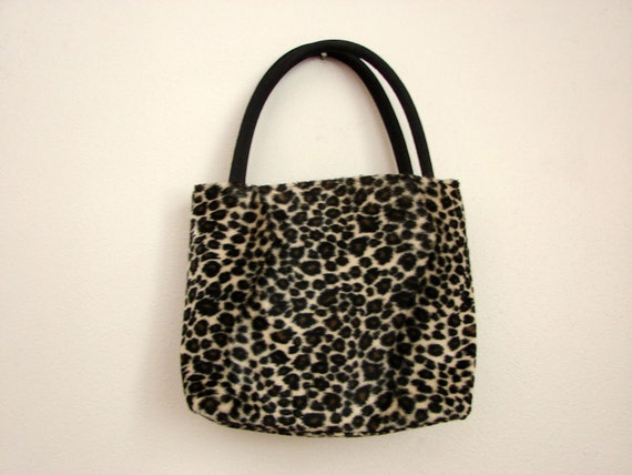 Fuzzy Leopard Purse