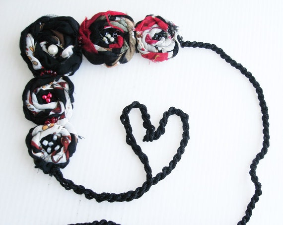 Rolled Shabby  Frayed Fabric Flower Statement Necklace.Black in red and white  Bib Necklace