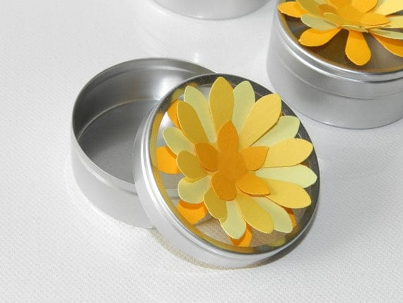 Favor Tins - Daisy - Sunny Yellow Flower - showers, wedding, party, Mother's Day Set of 12 - SALE