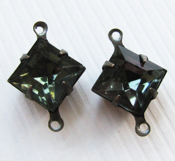 Vintage Jewels Black Diamond Squares Glass Rhinestones - Connectors - Faceted Stones - Hand Antiqued Brass Settings - 10mm