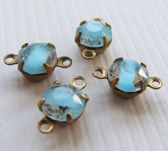 Vintage Glass Rhinestones Light Blue and Clear Givres - Vintage Jewels - Raw Brass Settings - Connectors - Foil Back - 7mm