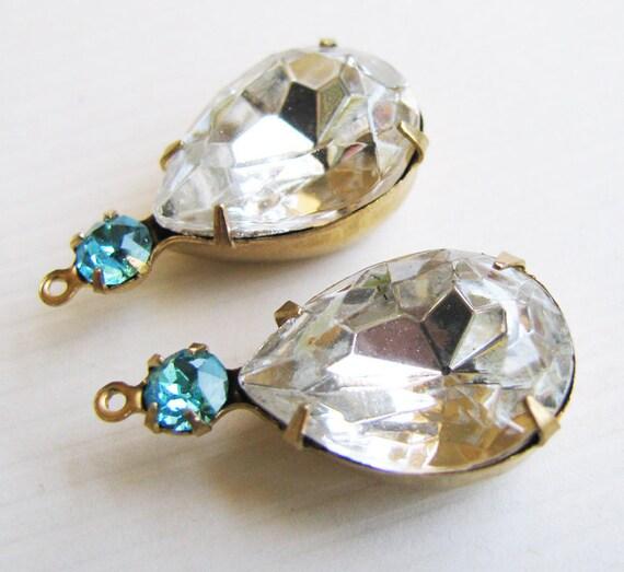 Vintage Rhinestone Crystal Glass Pears - Aquamarine Rhinestones - Vintage Jewels - Raw Brass Double Settings - 18x13mm