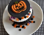 Jack o' Lantern Fondant Cupcake Toppers for Halloween Parties and Other Events
