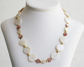 White and Brown Mother of Pearl Circle Necklace