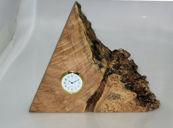 Mini clock insert made of spalted maple burl.