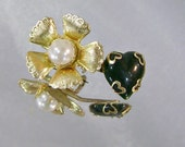 Vintage Romantic Brooch with Faux Pearl Black Glass 1940s