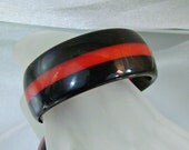 Vintage Lucite Bracelet.  Black and Red.  Stripe.  Early Plastic.