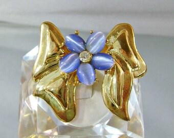 Vintage Bow Brooch.  Blue Cat's Eye. Rhinestone.  Gold Bow.