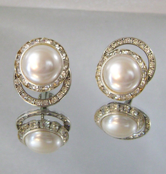 Vintage Earrings Bride Double Circle Mabe Pearl Clear Rhinestone