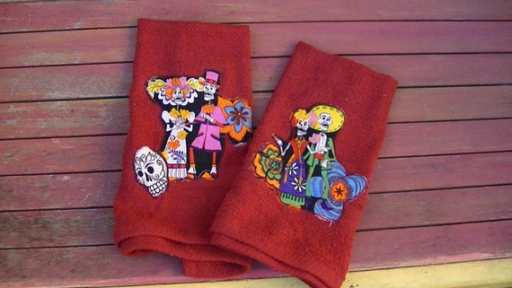 Day Of The Dead Wedding Gifts: Items Similar To Dia De Los Muertos Kitchen Towel, Skull