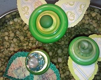 Green Button Flower ~ Girls Bedroom Decor ~ Bedroom Accent ~ Gift for Her ~ Gift for Girl ~ Gift for Seamstress ~ Boho Art ~ Shabby Chic Art