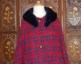 Vintage 1960s Aquascutum Wool Boucle Swing Coat