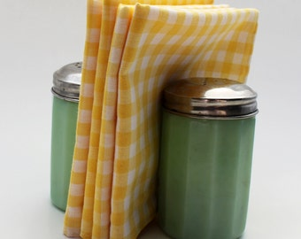 8 Cloth Lunchbox Napkins - Yellow Gingham
