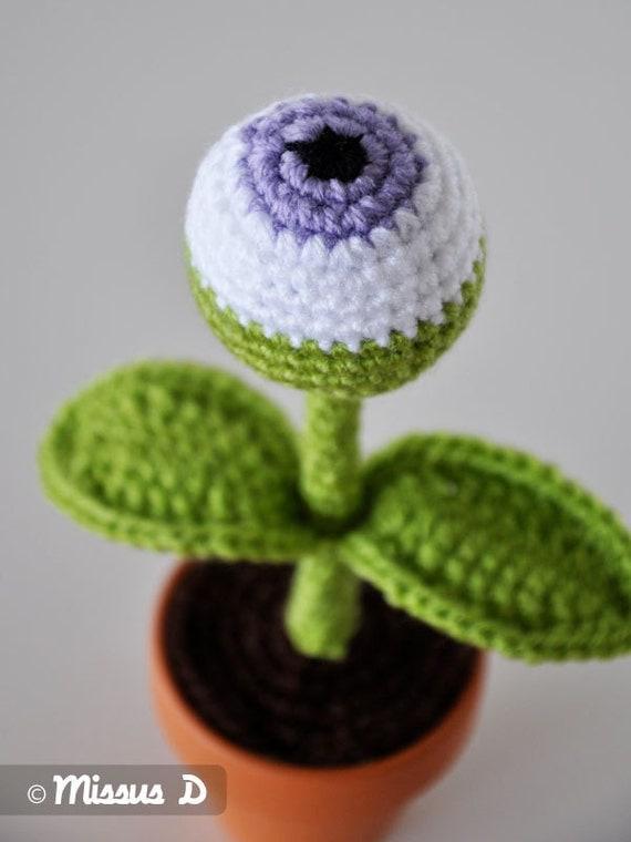 SALE 63% off- One Eye Alien Plant Amigurumi- Petite Size- Purple