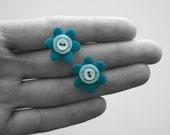 FLOWER ON A BUTTON stud earrings Sale
