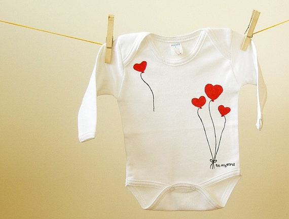 baby bodysuit clothing onesie valentine heart balloons. Black Bedroom Furniture Sets. Home Design Ideas