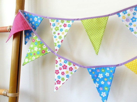 Colorful Flower Bunting Garland, Party Decoration, Fabric Craduation Banner, Girls Room Decor, Summer Celebration Photo Prop Indoor Outdoor