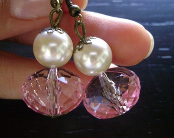 Vintage inspired pink ivory pearl earrings - Oh Darling - Vintage look  Czech pearl earrings and soft pink beads