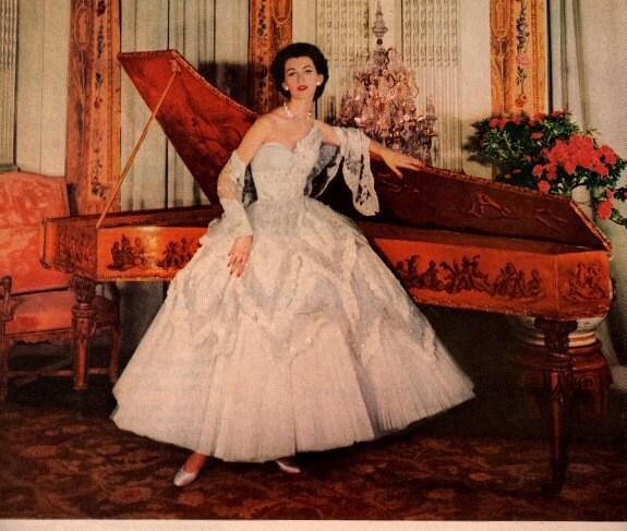 Vintage Wedding Dresses Las Vegas: Vintage Designer Pinup Wedding Dress 1954 Advertisement