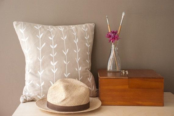 organic cotton pillow cover - 20 inch - vine print in white