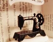 Japan donation item - Sew, mama, sew -shadowbox-