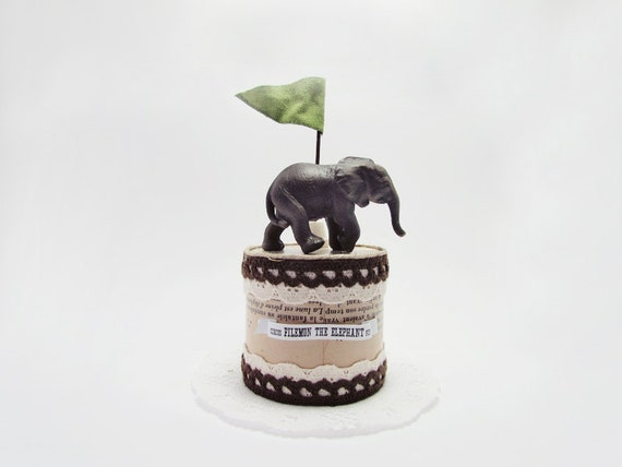 Pedestal 3D object -Filemon the Elephant-