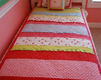 Easy Quilt Patterns For Twin Beds : Unavailable Listing on Etsy