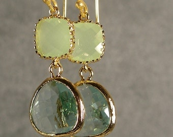 Light Mint and Prasiolite Glass Gold Earrings, Bridesmaid Earrings, Wedding Earrings, Gold Bridesmaid Earrings, Gold Earrings (4268Wnx)